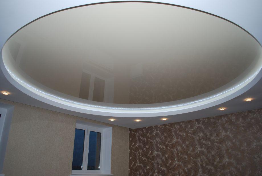 Натяжной потолок в зал, гостиную